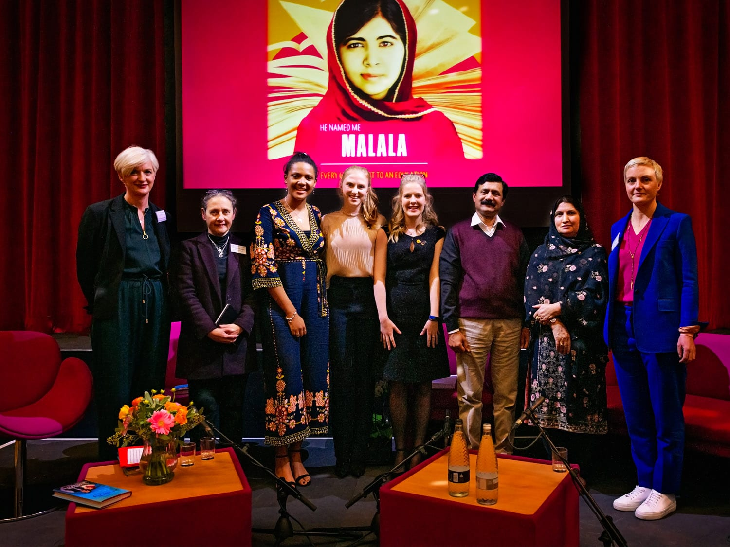 L to R: Cheryl Giovannoni, CEO, GDST, Helen Stringer, Head Oxford High School, Amina, Claudia, Alice, OHS Charity prefects, Ziauddin and Toor Pekai Yousafzai, and Gemma Mortensen
